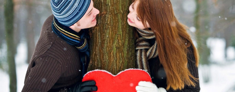 Come fidanzarsi ufficialmente prima di San Valentino, la guida spopola sul web