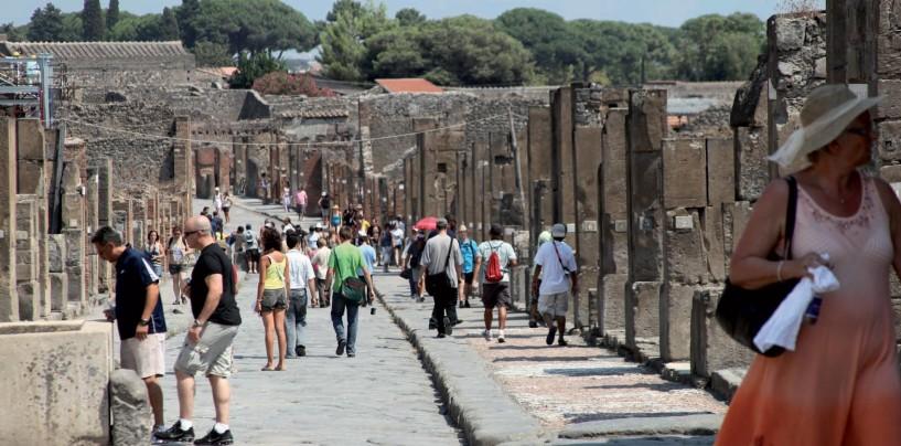 Turismo in Campania: Pompei e Reggia di Caserta in top ten tra i siti più visitati d'Italia