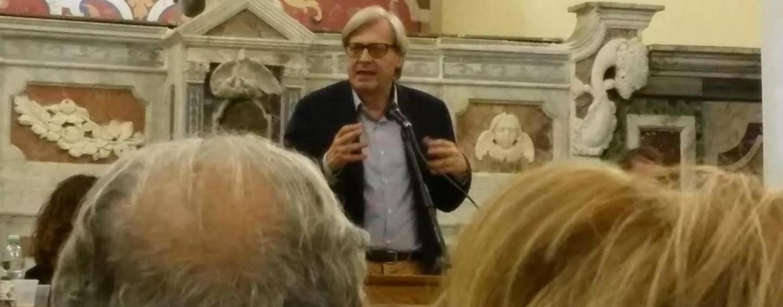 Teatro, al Gesualdo la lectio magistralis di Sgarbi su Caravaggio