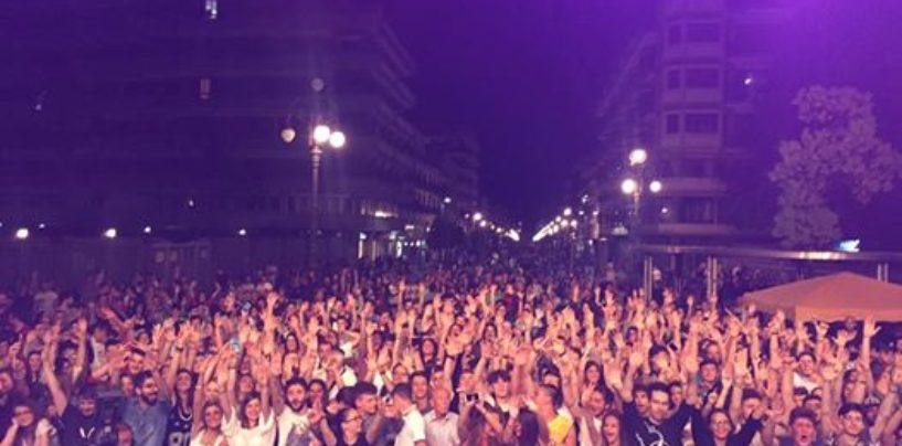 Bagno di folla per il concerto dei Molotov ad Avellino