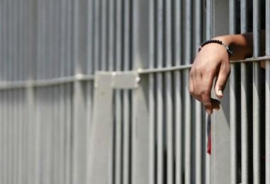 Lauro, viola l'obbligo dei domiciliari: arrestato