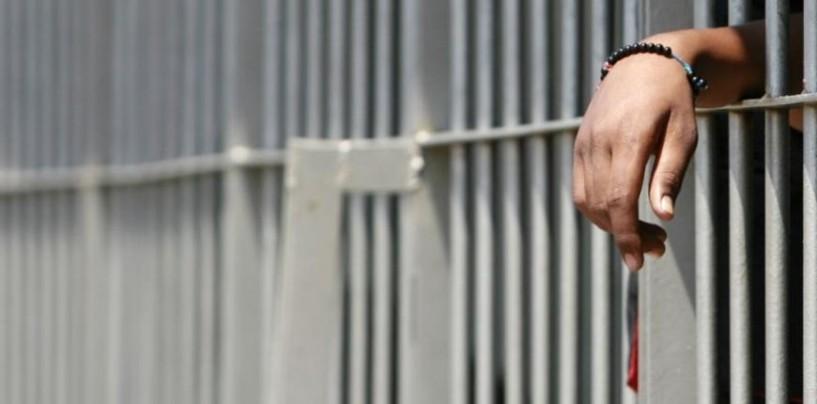 Droga nell'ano, detenuto finisce in ospedale
