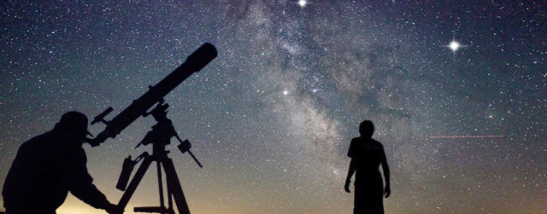 """""""Occhi su Saturno"""": osservazione astronomica all'istituto superiore di Grottaminarda"""