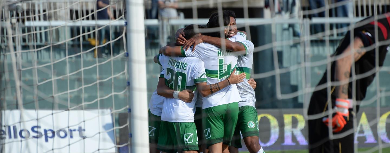 Calcio – Avellino, che carattere a Livorno: Comi replica a Trotta. Rivivi il live