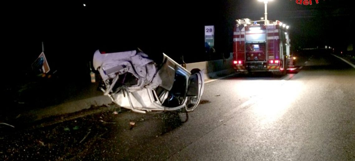 Fotogallery incidente raccordo Salerno Avellino
