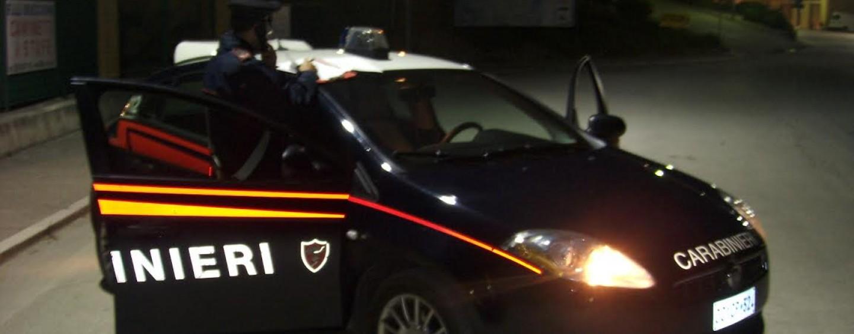 Colpi di mitra contro la stazione dei Carabinieri