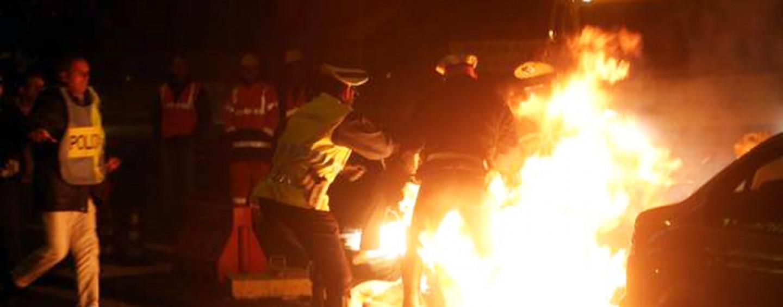 Calitri, tenta di darsi fuoco in piazza: fermato