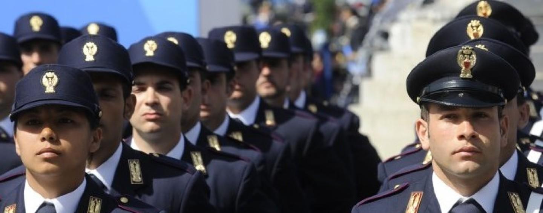 Concorso per 488 agenti in Polizia di Stato aperto ai civili, bando rinviato al 2017