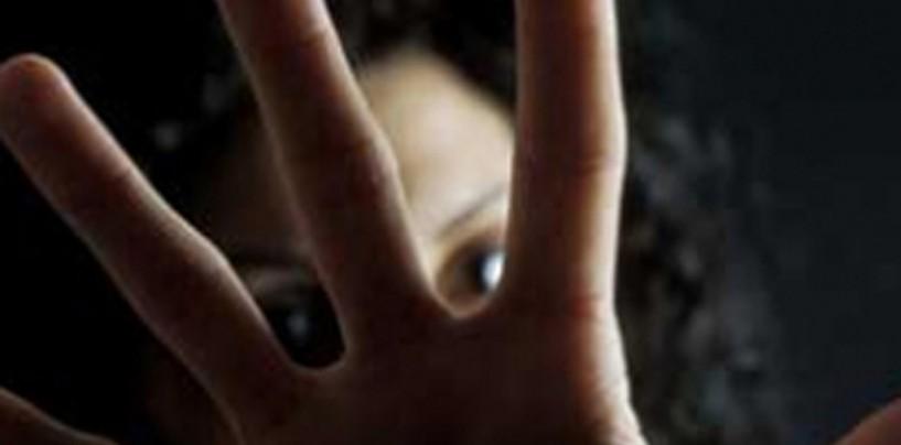 Aggredisce l'ex convivente e tenta di uccidere il fratello: arrestato 31enne