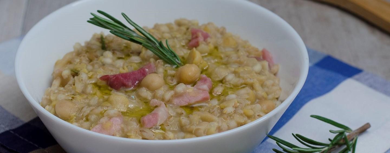 Ricette veloci zuppa di ceci e orzo con pancetta for Primi piatti veloci e gustosi