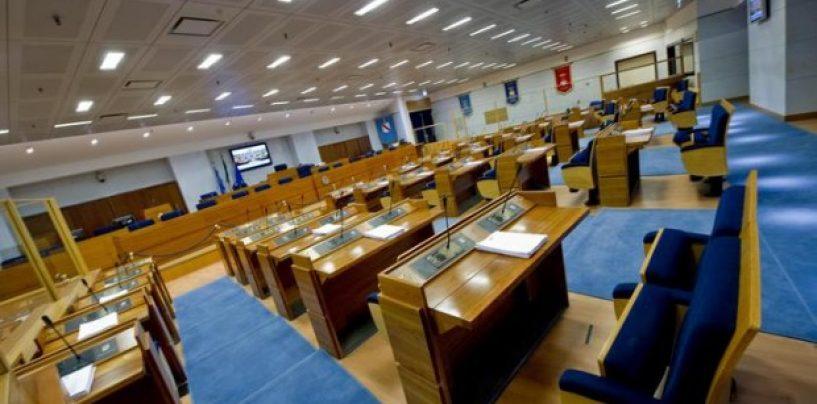 Verso le regionali – E' partito lo sprint finale della corsa verso palazzo Santa Lucia: sette gli aspiranti Governatori