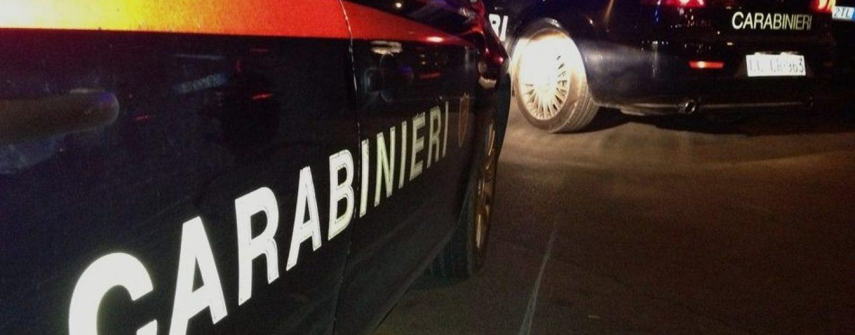 Extracomunitario ubriaco colpisce un carabiniere con una bottiglia