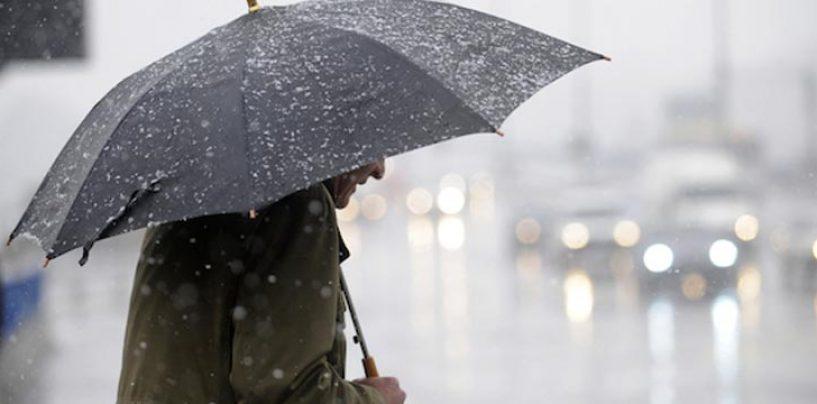 Meteo Campania: allerta dalle 14 alle 20 di oggi per forti temporali