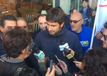 Referendum, il tour del M5S irrompe ad Avellino