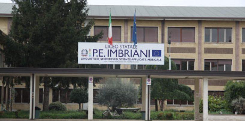 """Festa dei diplomati al Liceo """"Imbriani"""" di Avellino"""