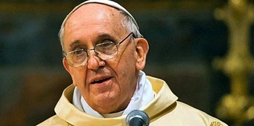 """Papa Francesco all'Abate di Montevergine: """"Grazie per il presepe"""""""