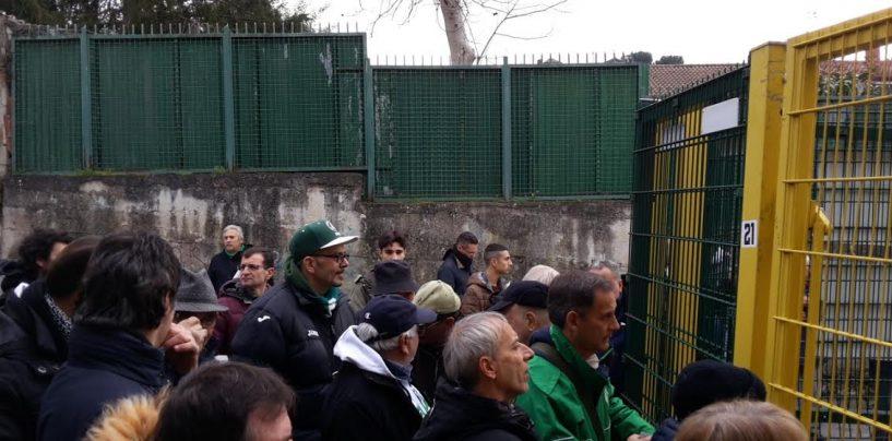Calca all'ingresso per Avellino-Ascoli: i tifosi chiedono sicurezza