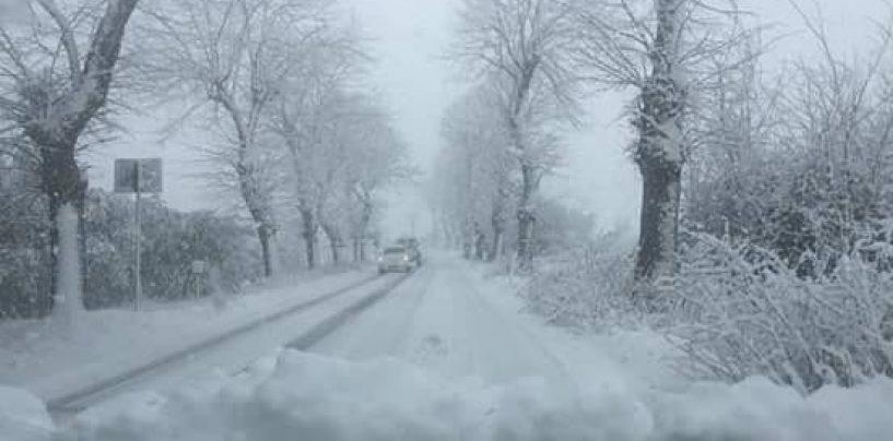Neve e gelo, l'Irpinia fa la conta dei danni. E non finisce qui