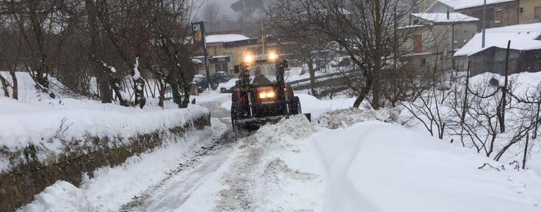 Neve e ghiaccio, scuole chiuse domani in Irpinia: ecco dove e quali