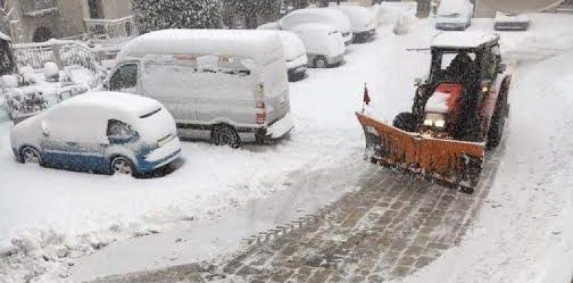 """Neve, situazione critica a Montemarano. Palmieri: """"Teniamo duro"""""""