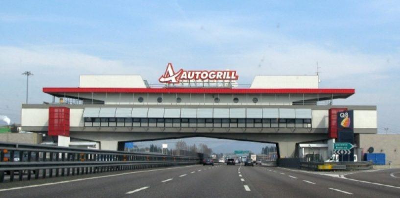 Dramma all'autogrill: muore camionista