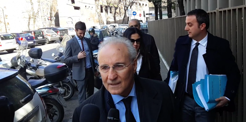 Caso Catanzaro, Avellino deferito per responsabilità diretta e oggettiva