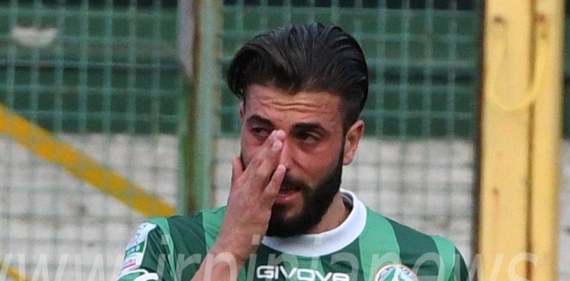 FOTO/ Avellino Calcio – Verde in lacrime dopo la sostituzione