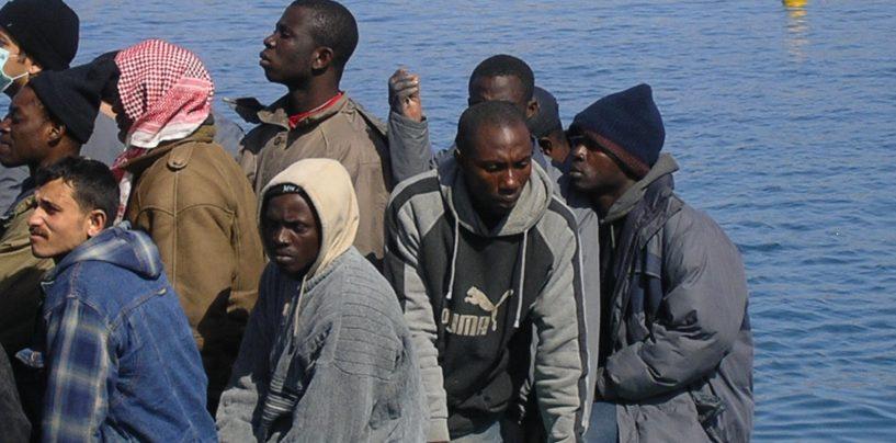 Nuovo sbarco di profughi in Campania: in arrivo 400 migranti
