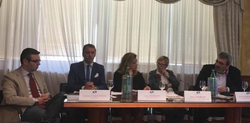Napoli, grande partecipazione per presentazione saggio Salvatore Pignataro
