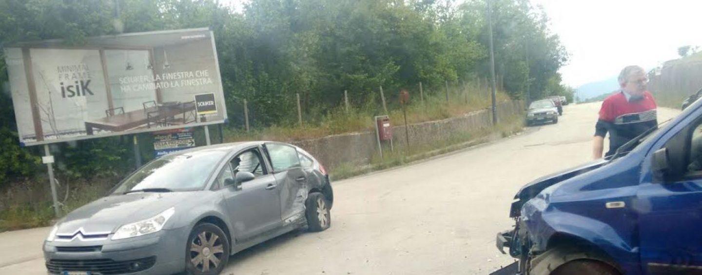 Incidente sulla Variante, due auto coinvolte nell'impatto