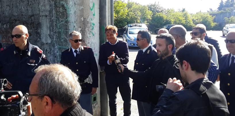 """FOTO/ Tifosi a colloquio con la squadra. Novellino assicura: """"Ci crediamo"""""""