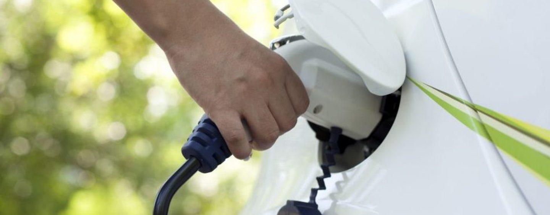 Auto elettriche in aumento, ma in Irpinia sono solo 25