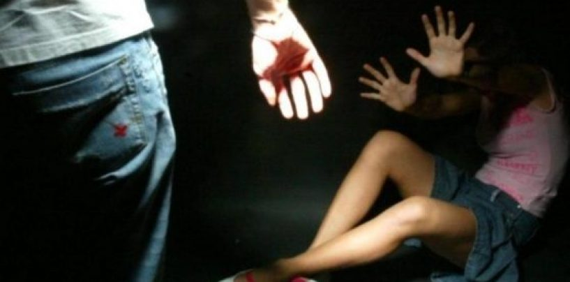 Invitava 14enne a casa sua e ne abusava sessualmente: l'orco finisce in manette