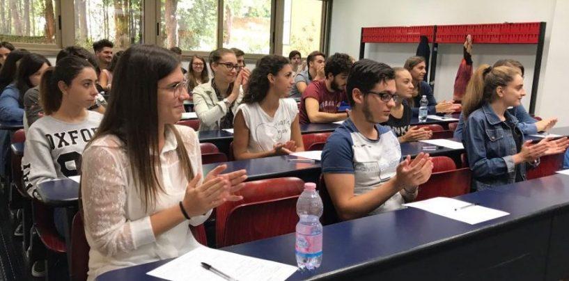 Università, Manfredi: riparte a settembre, in presenza e con corsi online