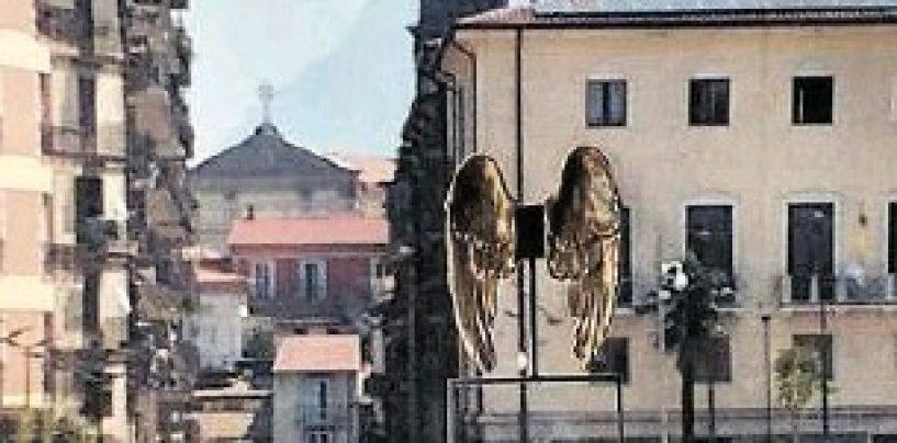 Originale l'opera di Calò: Piazza Libertà avrà le sue ali