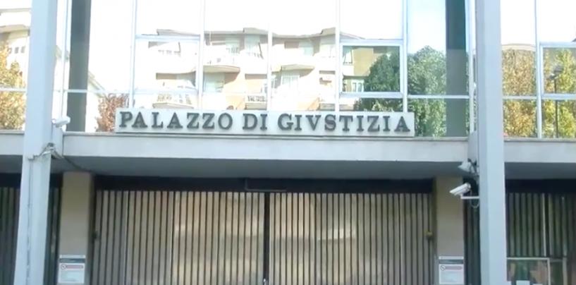 Ignoti danno fuoco a rifiuti per smaltirli: Procura di Avellino notiziata del reato