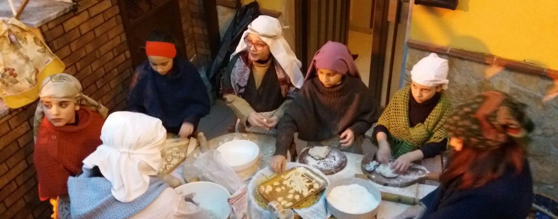 FOTO/ A Serra di Pratola la tradizione rivive con il Presepe dei bambini