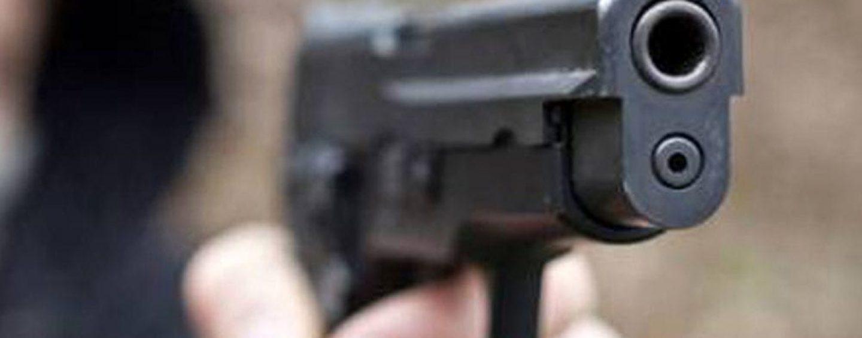 Shock all'ufficio postale di Napoli: irpino si toglie la vita con la pistola d'ordinanza