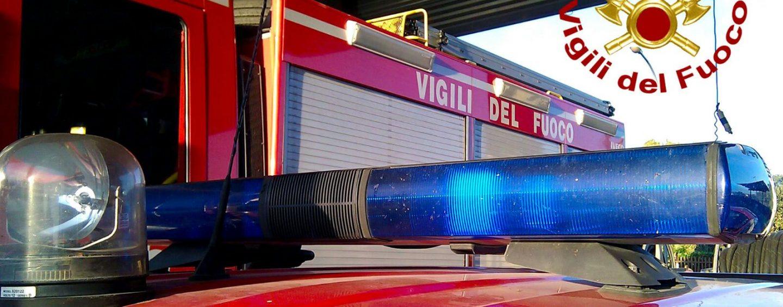 Benevento, bus in fiamme nella notte: indagini in corso