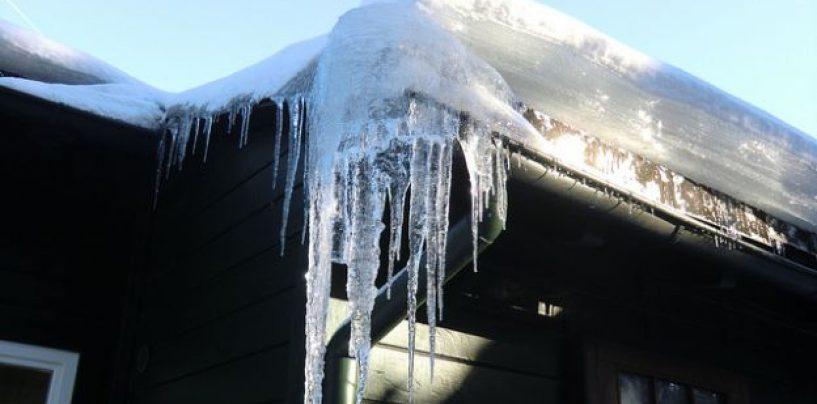Dopo la neve, pericolo lastre di ghiaccio. L'ordinanza di Foti