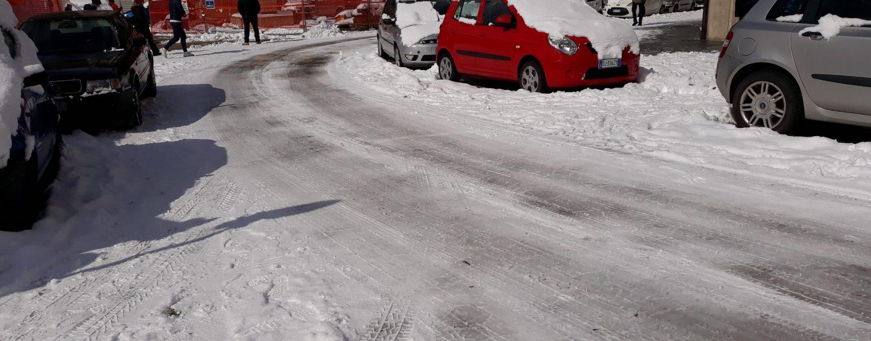 Dietrofront Comune: scuole chiuse anche domani. Stop anche in provincia
