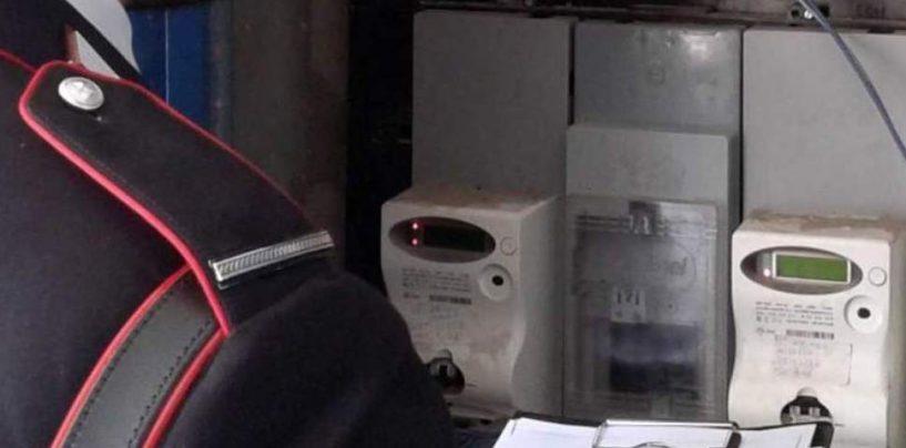 Allaccio abusivo alla rete elettrica: due denunce