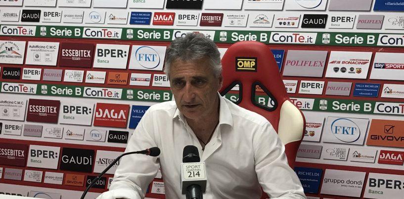 """Carpi-Avellino 0-0. Foscarini sconsolato: """"Perdo giocatori tutti i giorni"""""""