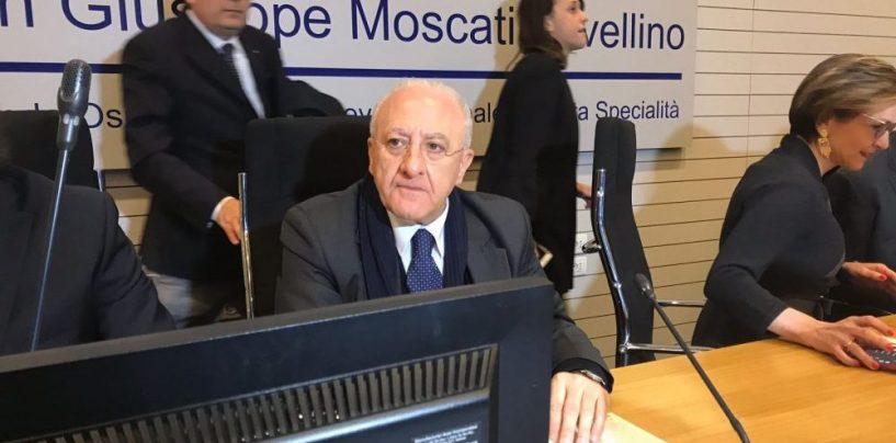 De Luca firma i decreti: in arrivo 7600 assunzioni nella sanità campana