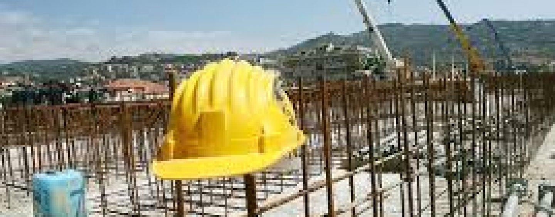 Crolla un muro in un cantiere: morti due operai