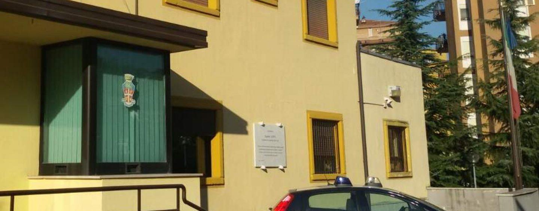 FOTO/ Extracomunitario nudo per le vie cittadine: schock in Irpinia