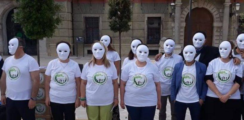 """Passaro: """"Noi ci mettiamo la faccia, gli altri sono mascherati"""""""