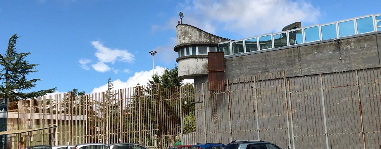 Ariano, segano sbarre della cella: fuga sventata in extremis