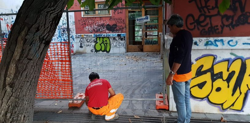 """Eliseo: transenne per proteggere la """"stanza del buco"""" da tossici e vandali"""