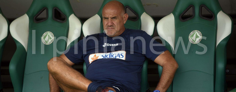 Calcio Avellino, mister Graziani dimesso dopo l'intervento all'occhio